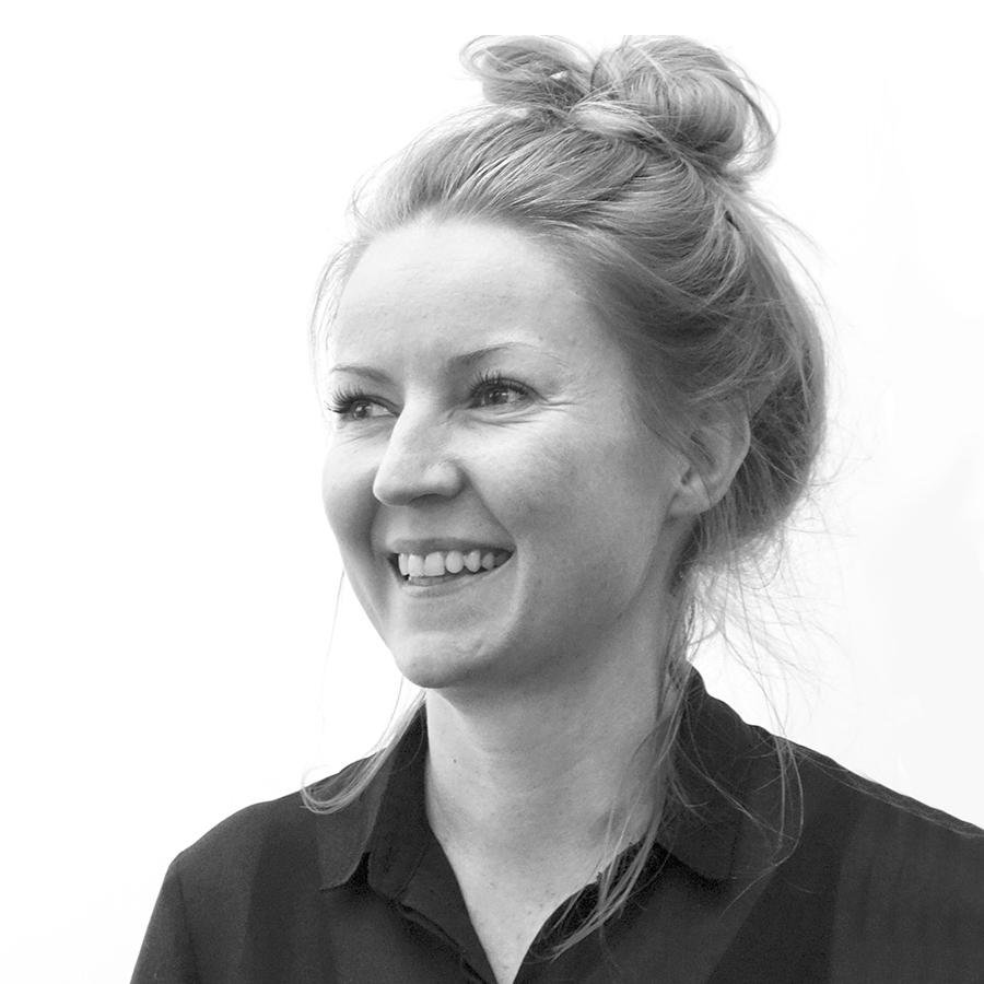 Pia Berg, Associate